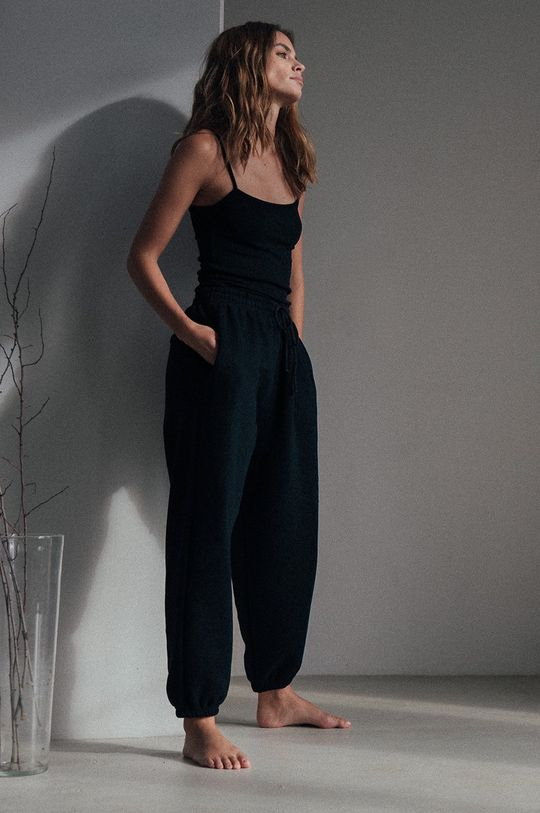MUUV - Pantaloni Smooth Cotton negru