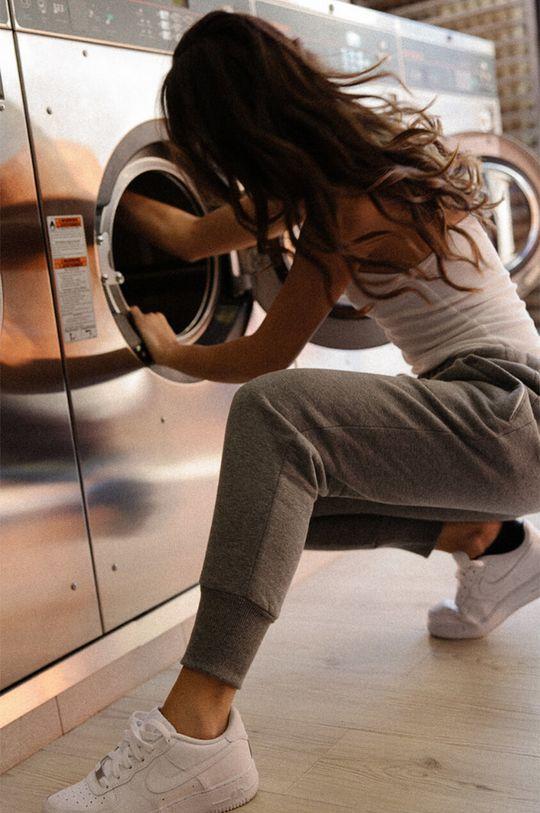 gri MUUV - Pantaloni Sneaker Girl De femei