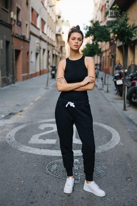 negru MUUV - Pantaloni Sneaker Girl De femei