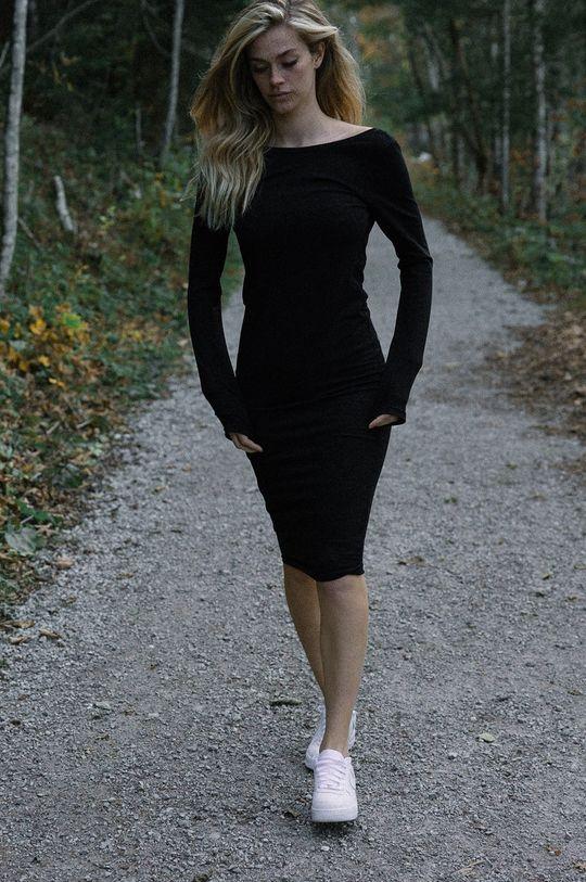 negru MUUV - Rochie Back En Route De femei