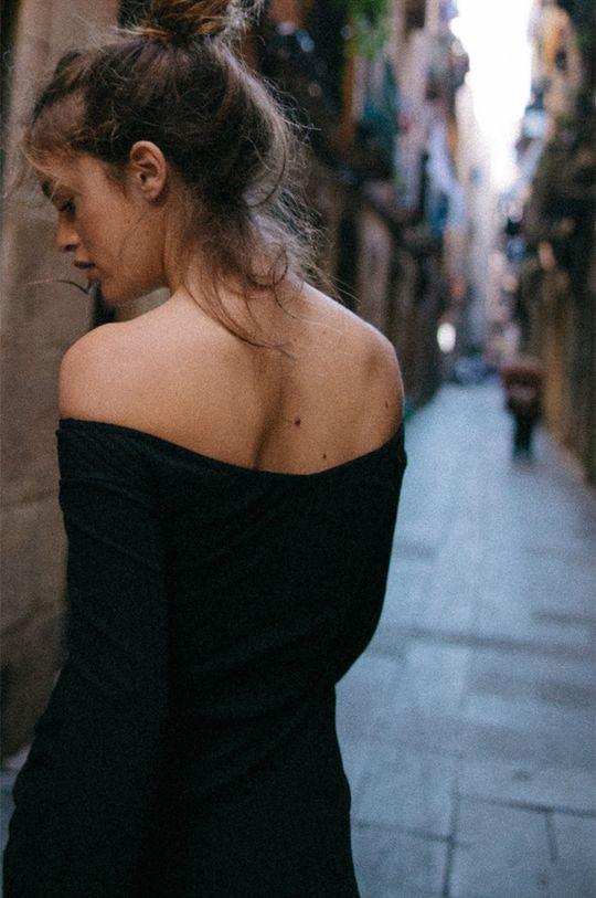MUUV - Rochie Off Shoulder negru