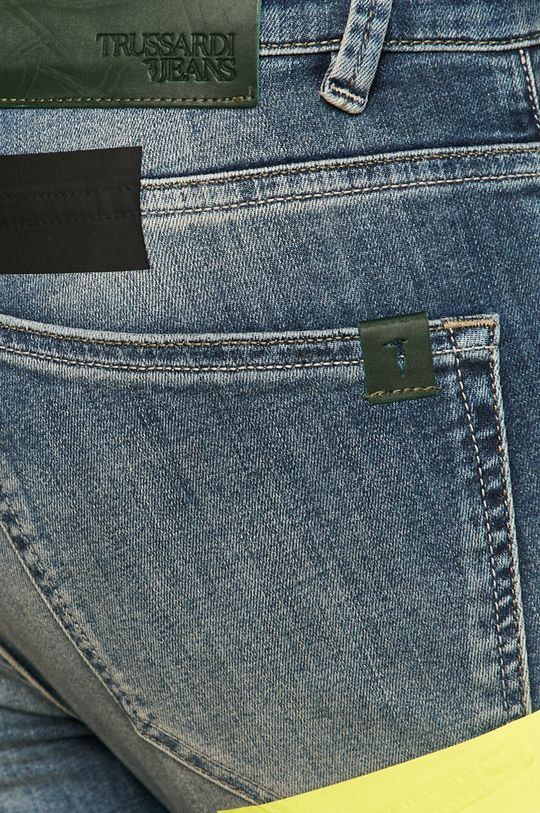 Trussardi Jeans - Jeansi 370 Materialul de baza: 86% Bumbac, 2% Elastan, 12% Poliester