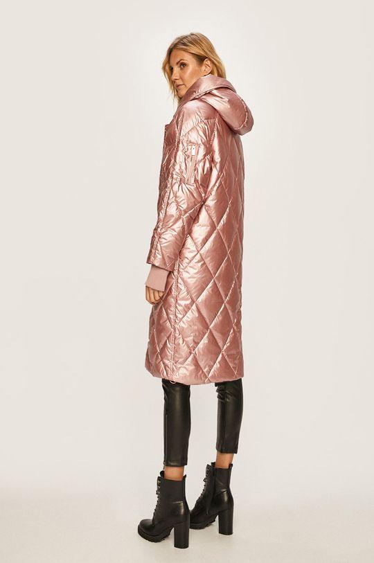 Silvian Heach - Páperová bunda  Podšívka: 100% Polyester Výplň: 30% Páperie, 70% Páperie Základná látka: 100% Polyester