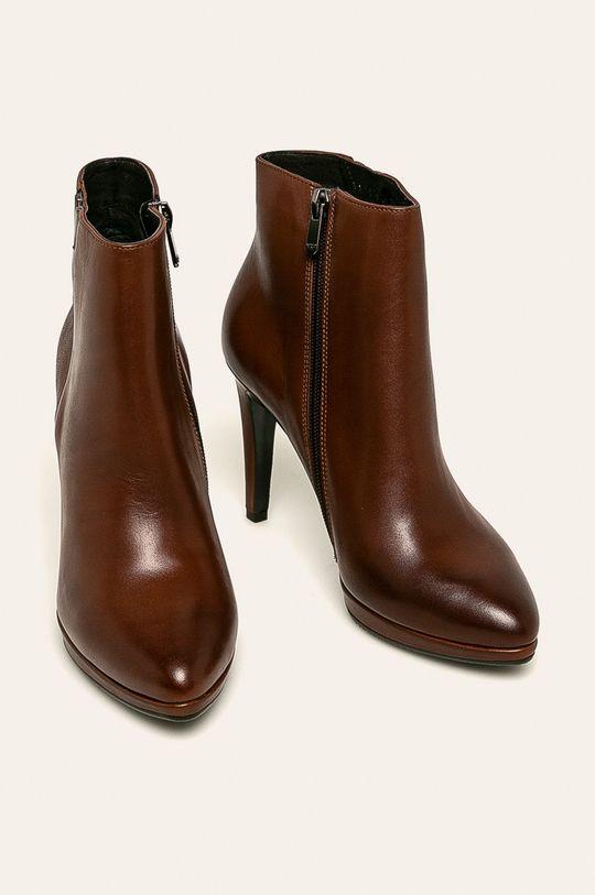 Wojas - Kožené kotníkové boty hnědá