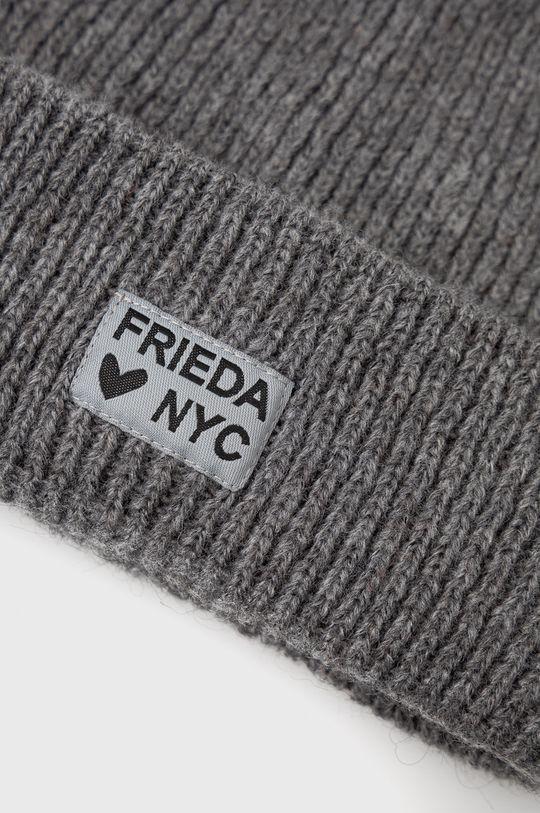 Frieda & Freddies - Caciula  40% Poliacril, 30% Poliamida, 30% Alpaca