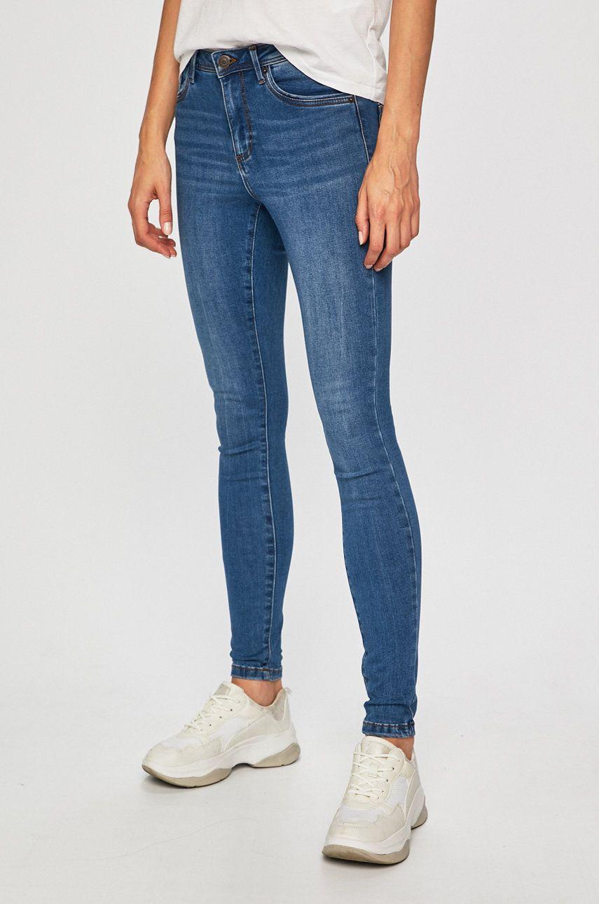 Vero Moda - Jeansi Tanya