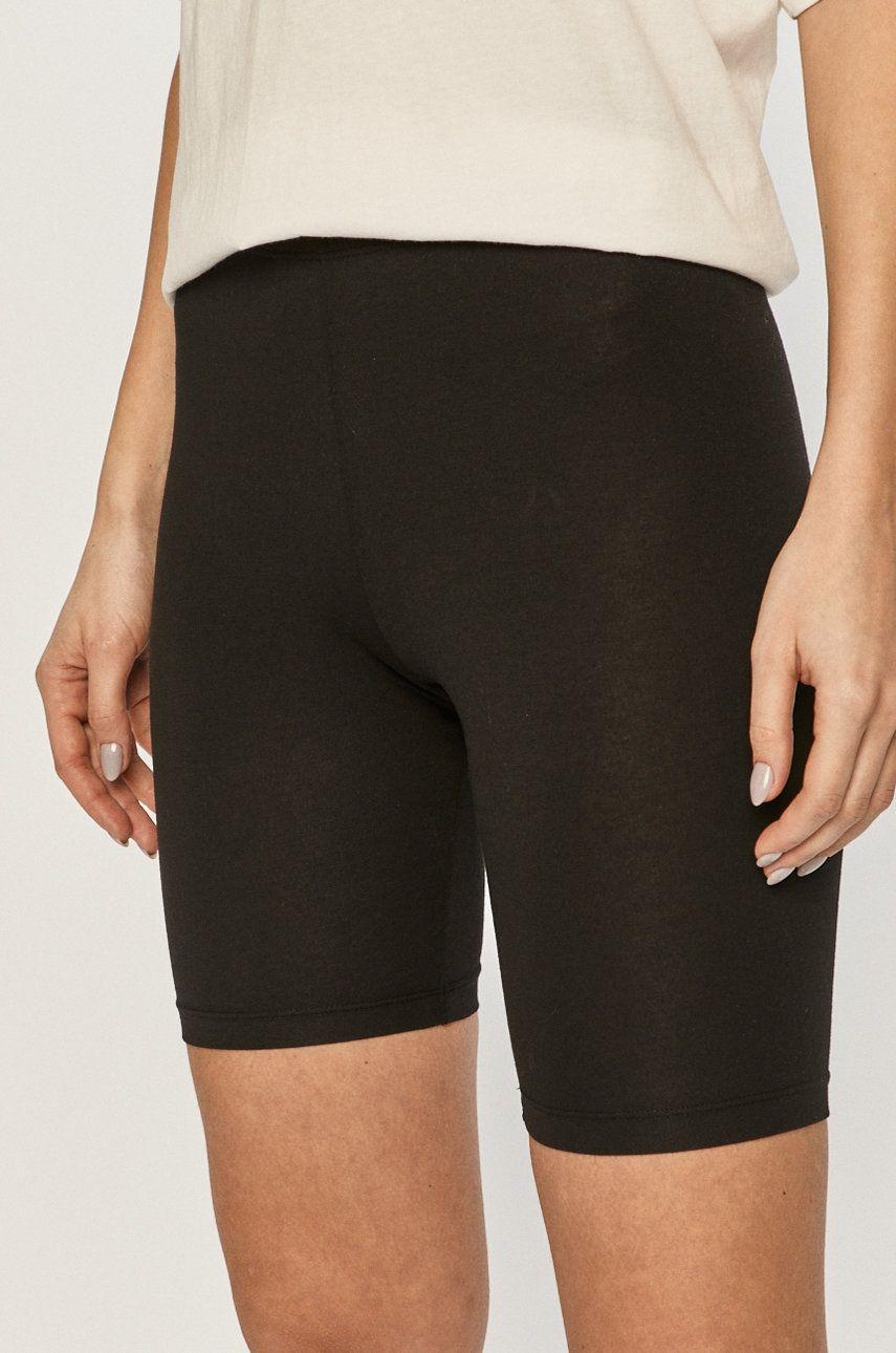 Pieces - Pantaloni scurti imagine answear.ro 2021
