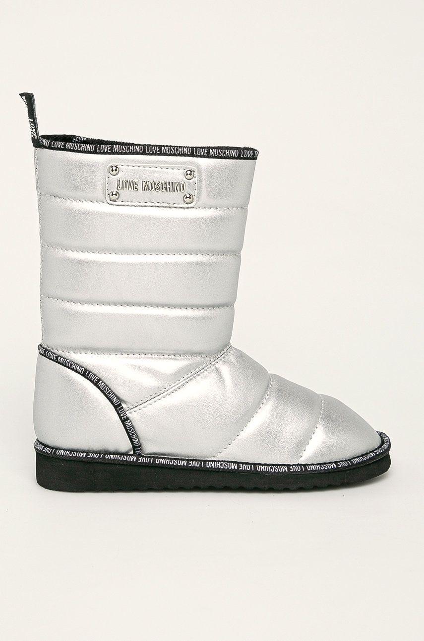 Love Moschino - Snehule