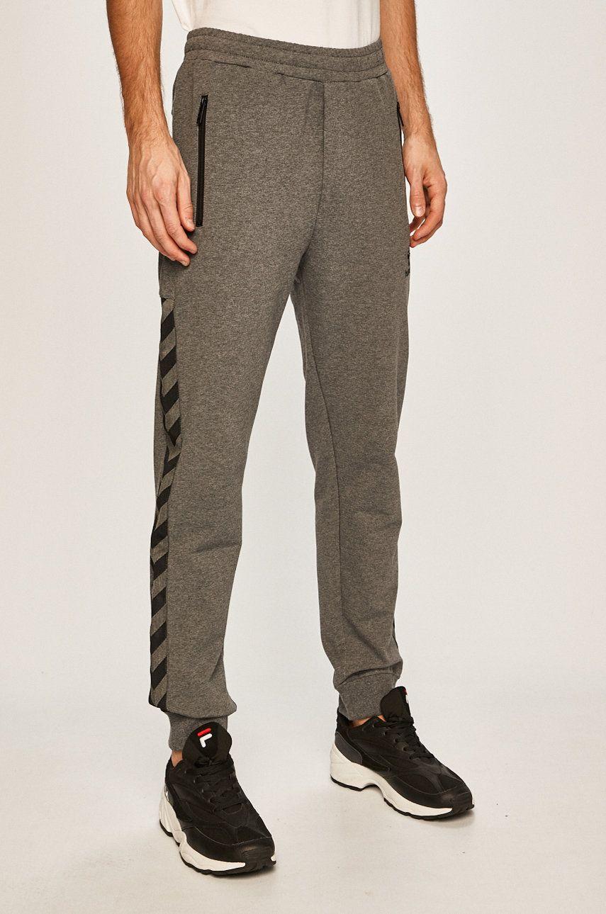 Hummel - Pantaloni answear.ro