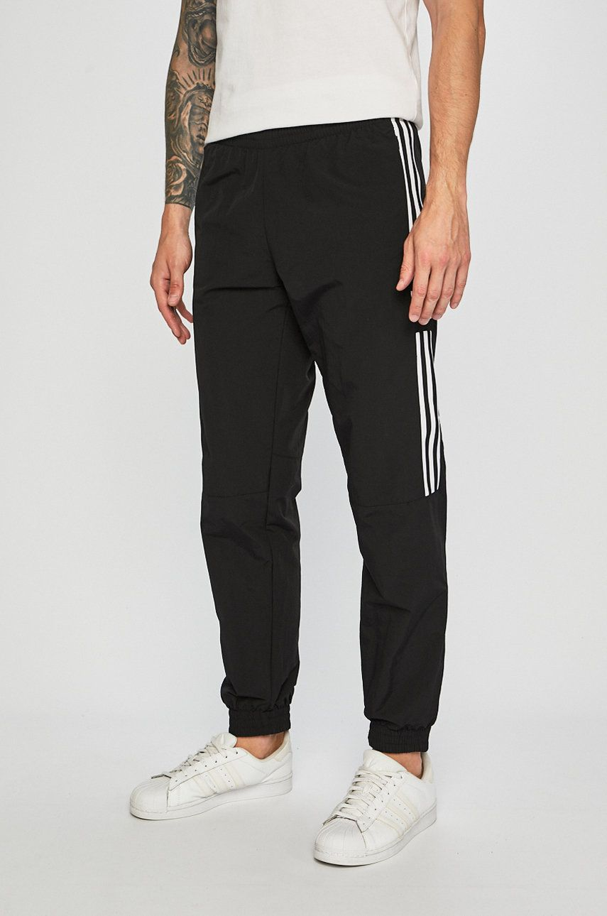 adidas Originals - Pantaloni imagine 2020