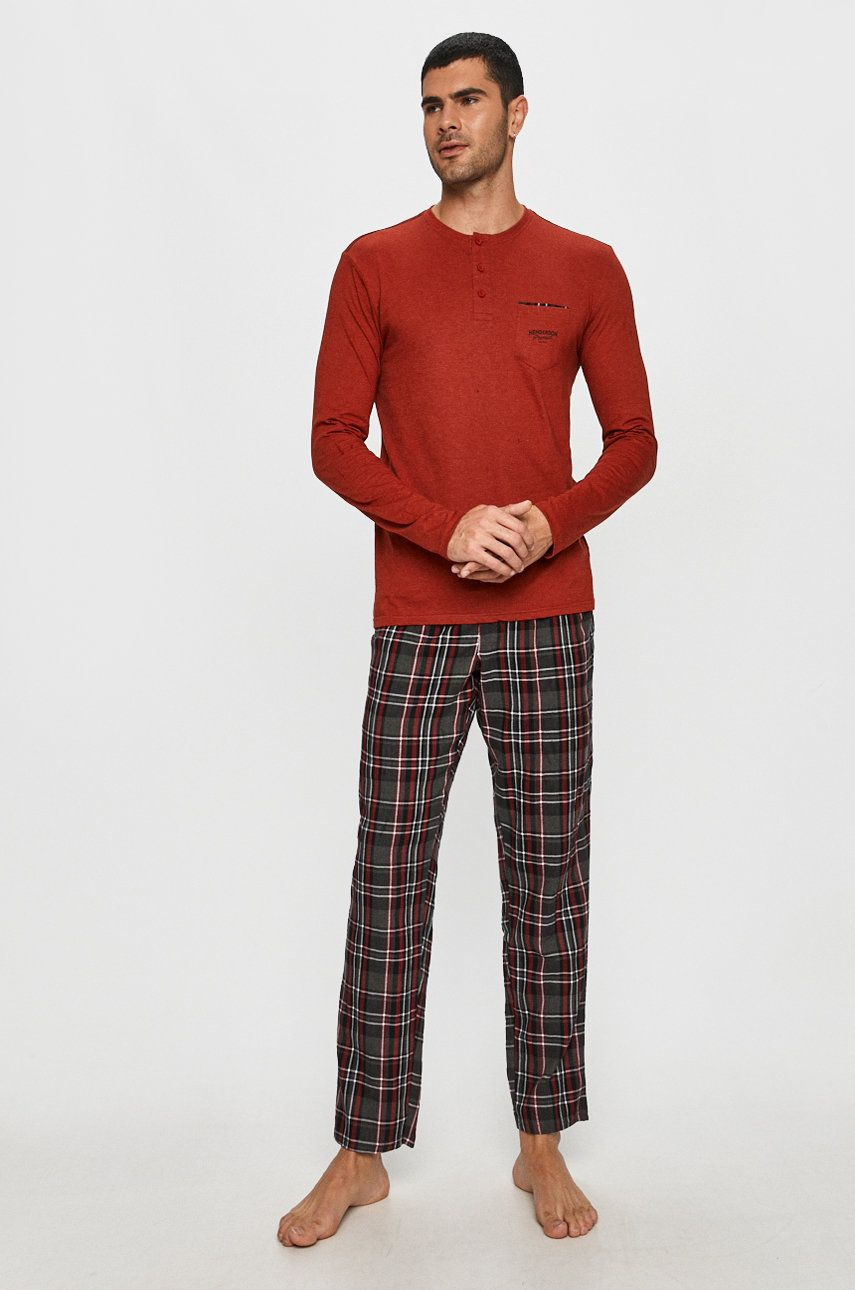 Henderson - Pijama poza