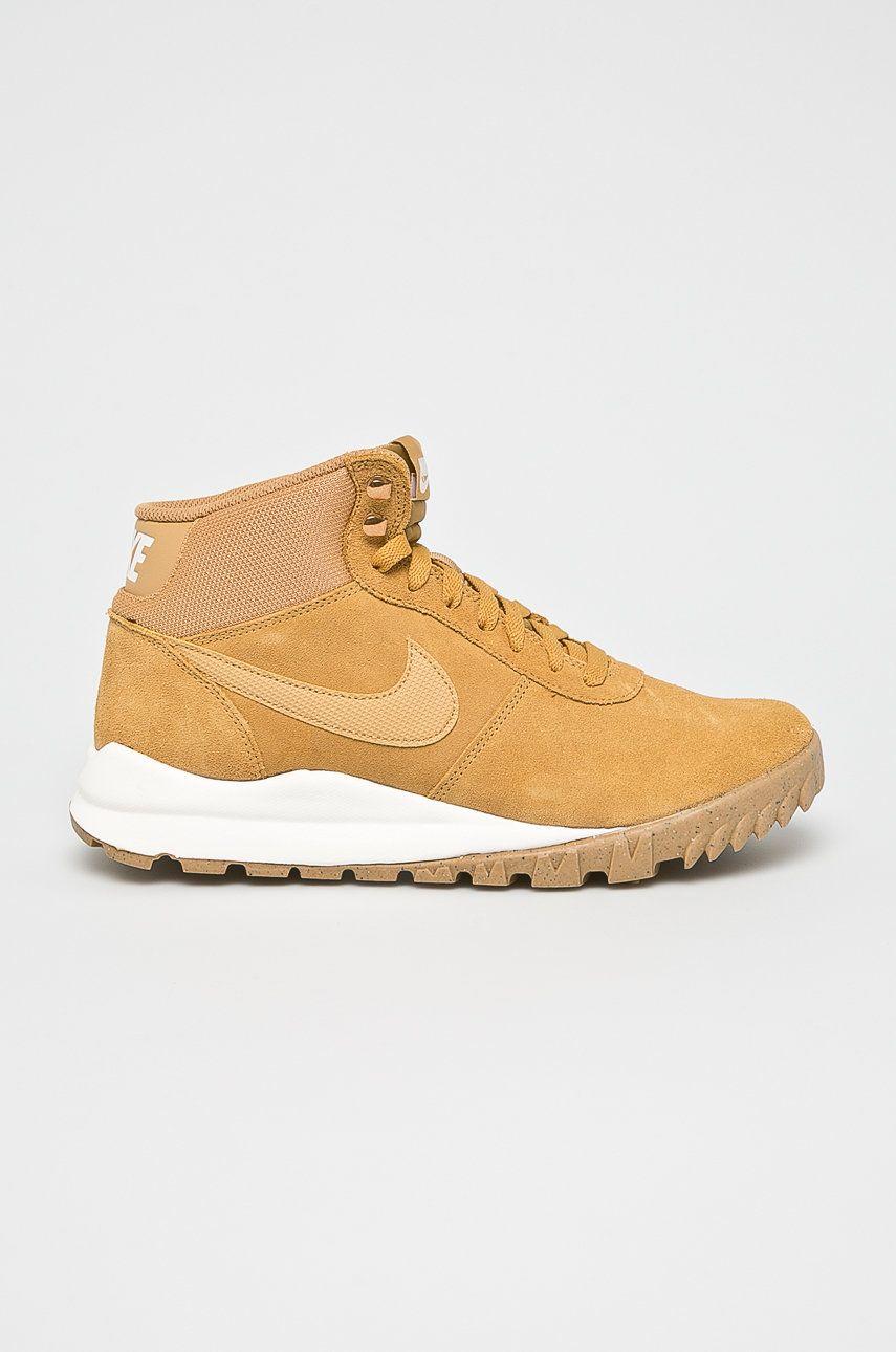 Nike - Pantofi Hoodland Suede