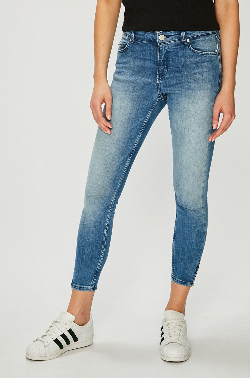 Review - Jeans