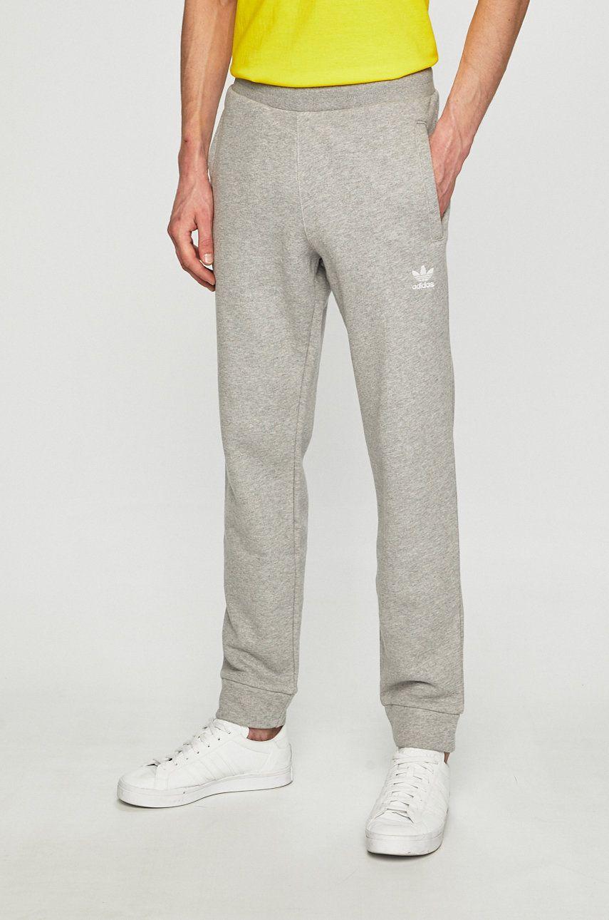 adidas Originals - Pantaloni imagine 2020