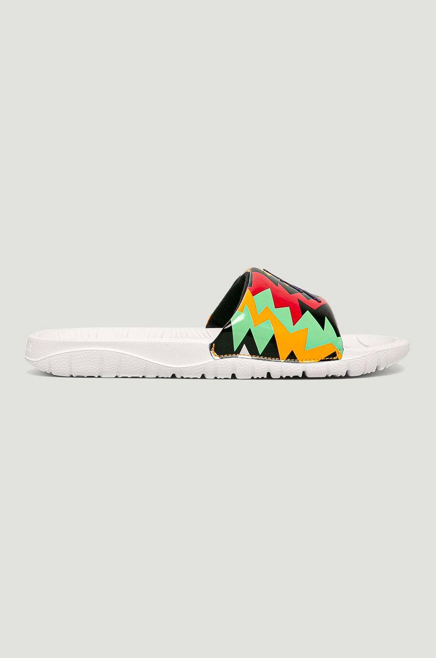Jordan - Papuci