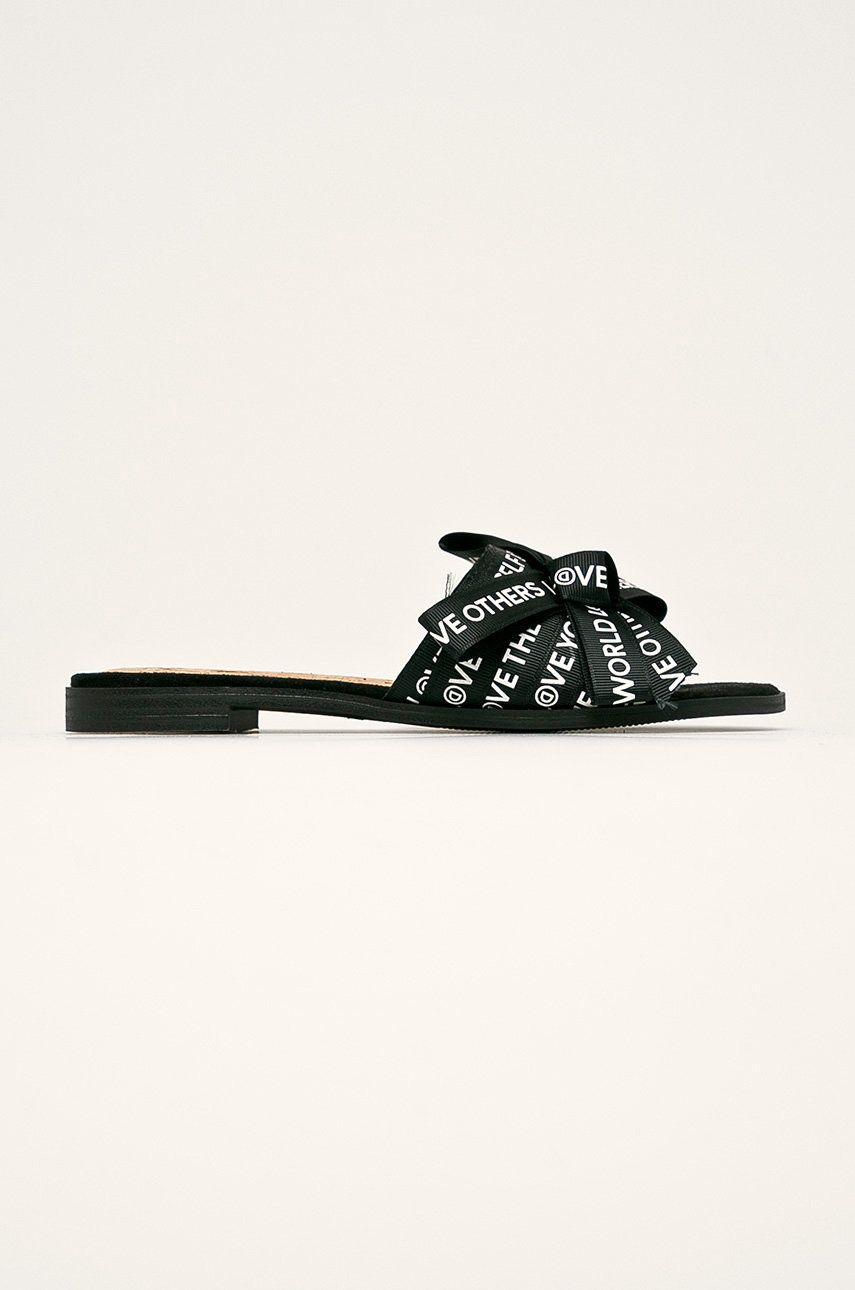 Desigual - Papuci