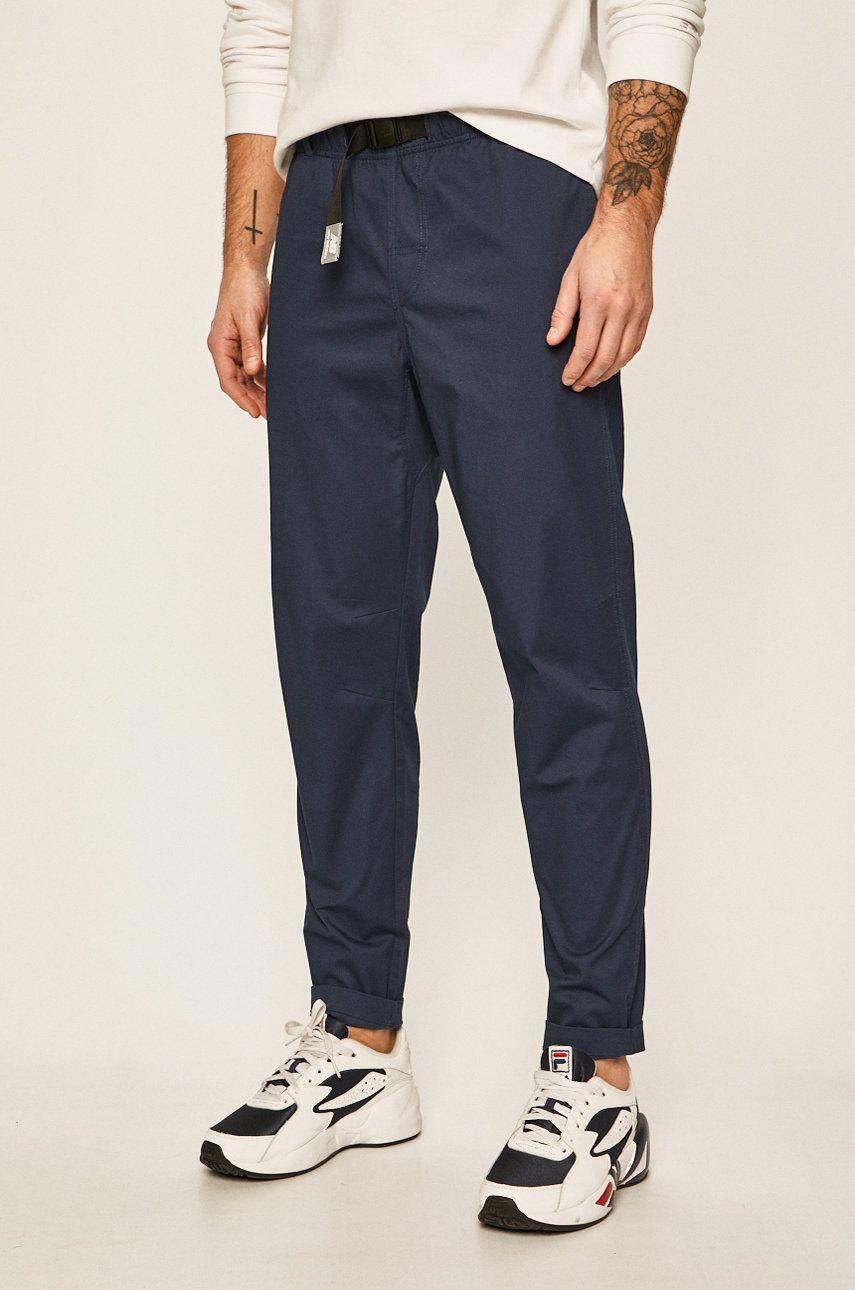 New Balance - Pantaloni poza answear