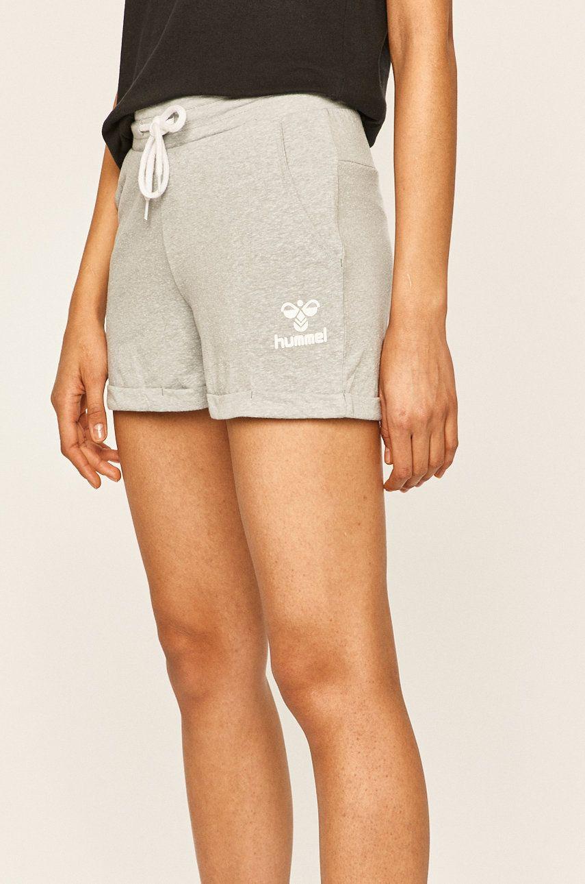 Hummel - Pantaloni scurti poza answear