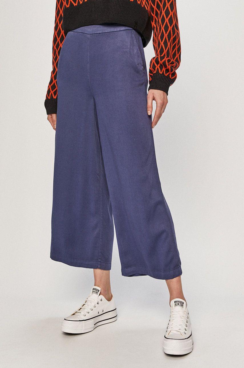Vila - Pantaloni imagine answear.ro
