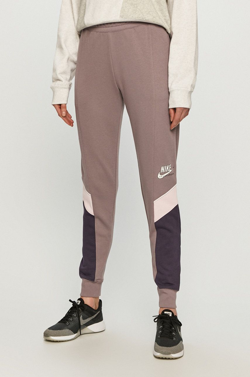 Nike Sportswear - Pantaloni imagine answear.ro 2021