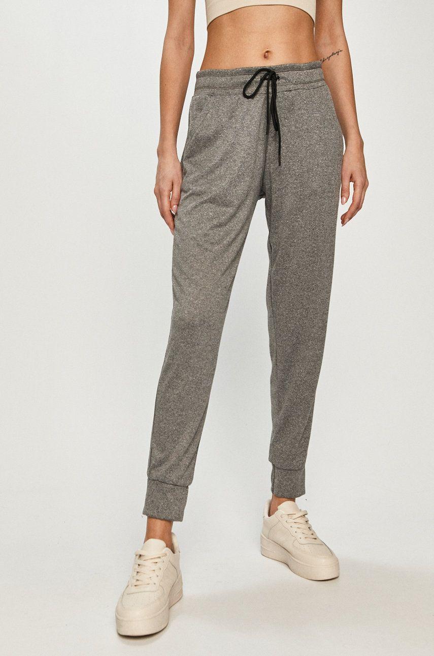 Under Armour - Pantaloni imagine answear.ro