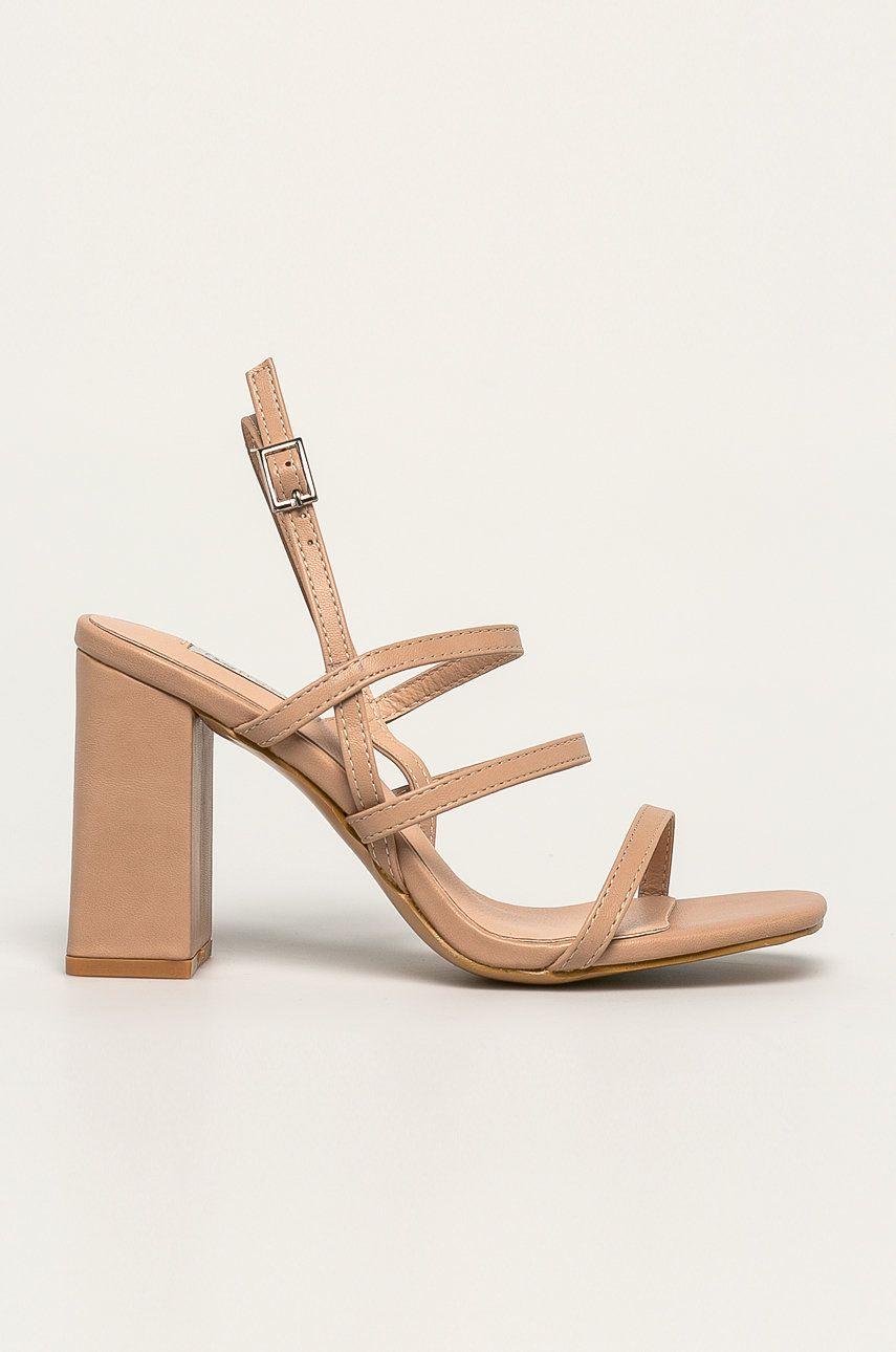 Answear - Sandale Bellucci