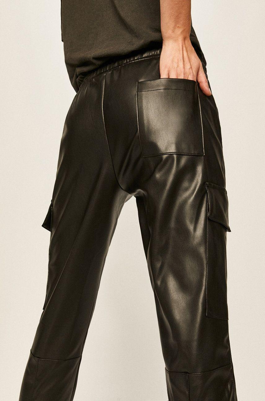 Answear - Pantaloni imagine answear.ro
