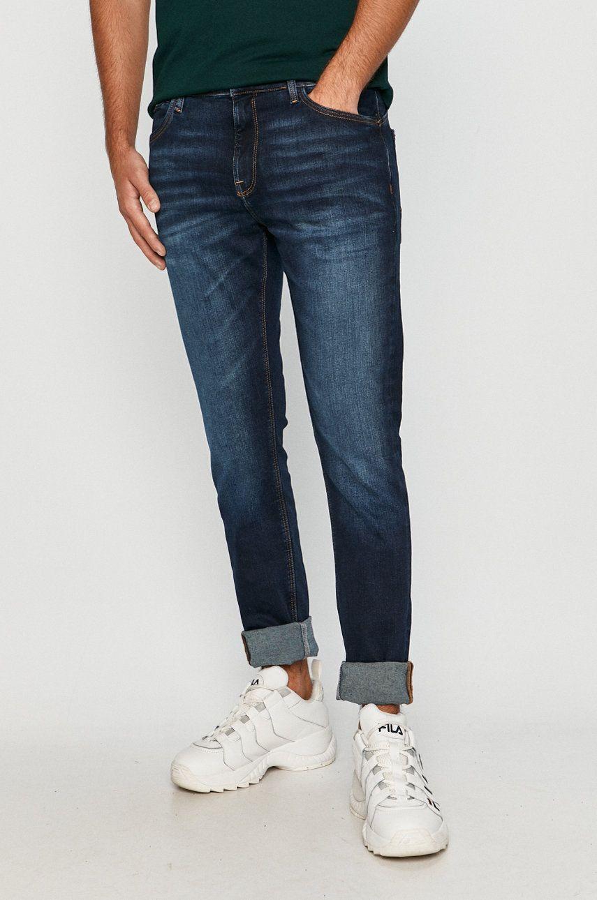 Cross Jeans - Jeansi Jued answear.ro