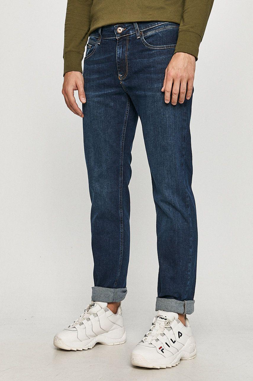 Cross Jeans - Jeansi Jack imagine